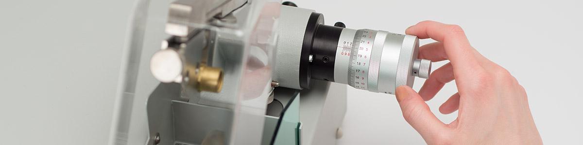 Serra de diamante VC50 - LECO VC50 - Instrumentos Analíticos Científicos Sec-Bench-Sort - Corte de precisão com lâmina de ponta de diamante -
